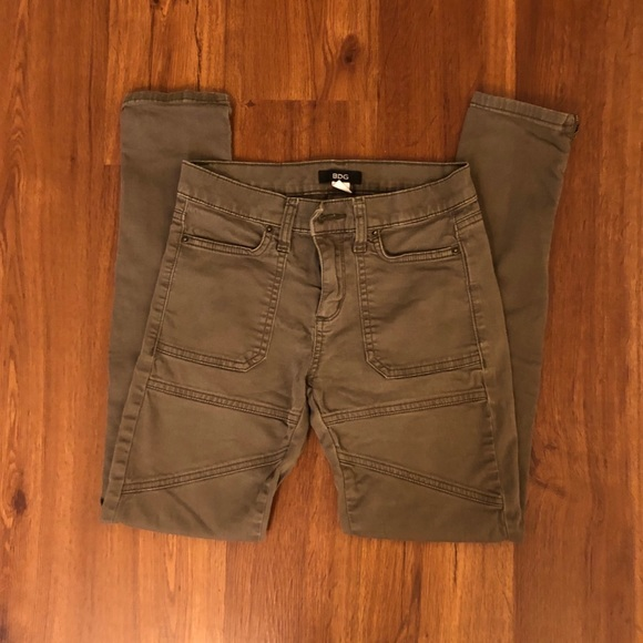 Urban Outfitters Pants - ARMY GREEN SKINNY JEANS